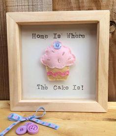 "Felt cupcake box frame picture. £12.6"" x 6"""
