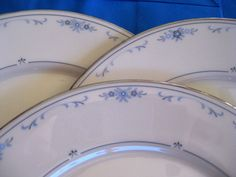 Lenox Carolina Dinner plate Near Mint Vintage by ChinaGalore, $30.00