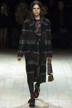 Burberry Fall 2016 Ready-to-Wear Collection Photos - Vogue