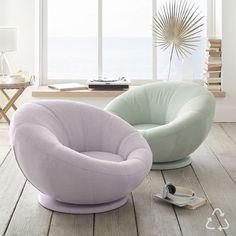 Bedroom Chair, Room Ideas Bedroom, Girls Bedroom, Bedroom Decor, Cool Chairs For Bedroom, Bedrooms, Cute Room Decor, Teen Room Decor, Hangout Room