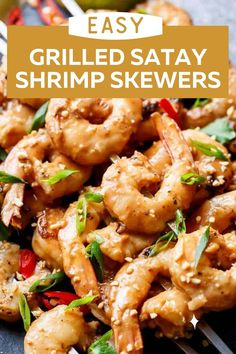 Easy Grilled Satay Shrimp Skewers! Dinner is served with these delicious and easy grilled satay shrimp skewers. Toss them on the grill and you're good to go! Smothered in the best 10 minute peanut sauce with minimal effort and maximum taste! Grilling Recipes, Seafood Recipes, Shrimp Skewers, Cafe Delites, Healthiest Seafood, Seafood Dinner, Peanut Sauce, Dinner Is Served, Just Cooking