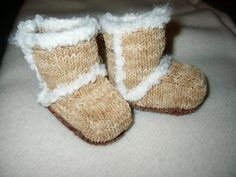 """Ravelry: Knit """"Suede Baby Booties"""" (Archived) pattern by Candi Jensen Baby Uggs! Baby Booties Free Pattern, Crochet Baby Booties, Crochet Slippers, Knitted Baby, Crochet Hats, Knitting Patterns Boys, Knitting For Kids, Baby Patterns, Free Knitting"""
