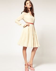 Something romantic and sexy about this dress - I like!