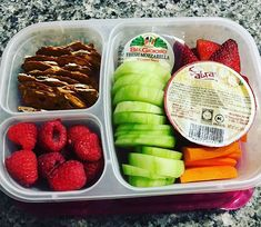 Veggies fruit and hummus lunch carrots lots of cucumbers pretzel thins hummus for dipping strawberries raspberries and mozzarella… Lunch Meal Prep, Healthy Meal Prep, Healthy Snacks, Healthy Eating, Healthy Recipes, Lunch Time, Hummus, Lunch Snacks, Lunch Recipes
