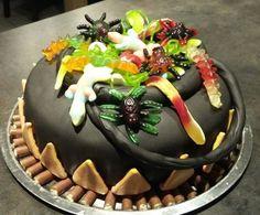 Cake Design chaudron de la sorcière pour halloween par Titika