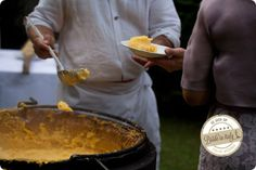 How about serving italian polenta to your guests? Great, genuine idea. Ph Michela Magnani http://www.brideinitaly.com/2013/12/magnani-circus.html #circus #whimsical #wedding #italy #slowfood