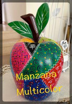 #diy #manzana de #madera #retoamistoso #retazos #pintura #collage #wood #apple