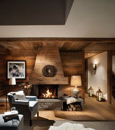 Cosy Val d'isere Chalet Design to Get you Ready for Ski Season We love a peek at cosy chalet design at this time of year so we asked Nicky Dobree to show us one of her favourites. Explore this Val d'isere chalet. Chalet Design, Ski Chalet Decor, Chalet Interior, Chalet Style, Alpine Chalet, Lodge Style, Design Design, Cabin Homes, Log Homes