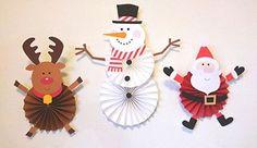 スノーマンペーパーファンの作り方を紹介します。この作り方を応用してサンタのペーパファンやトナカイのペーパーファンも作れます!印刷素材を無料ダウンロードして作る事ができます! Clay Christmas Decorations, Christmas Paper Crafts, Xmas Ornaments, Christmas Projects, Christmas Themes, Kids Christmas, Holiday Crafts, Paper Decorations, Christmas Activities For Kids