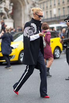 Street Style: Paris Fashion Week Spring 2014 - Stella McCartney cape