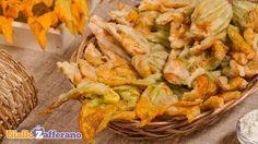 Ricetta Fiori di zucca in pastella - Le Ricette di GialloZafferano.it