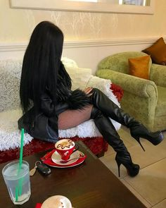 Leather High Heel Boots, Thigh High Boots Heels, High Heels, Celebrity Boots, Leder Outfits, Sexy Boots, Hot Shoes, Belle Photo, Over The Knee Boots