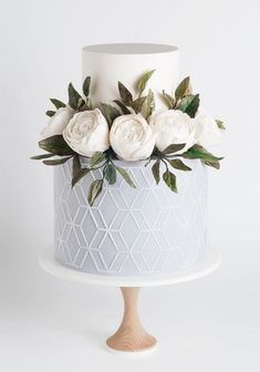 silver sage wedding white cake with geometry and roses sotiriasophie Silber Salbei Hochzeit weiße Torte mit Geometrie und Rosen Sotiriasophie Sage Wedding, Wedding Cake Rustic, Elegant Wedding Cakes, Beautiful Wedding Cakes, Wedding Cake Designs, Beautiful Cakes, Dream Wedding, Wedding White, Wedding Cake Simple