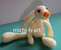 little bunny rabbit free crochet pattern with log in