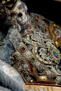 Decorated by the skilled lay brother Adalbart Eder, St. Valentinus in Waldsassen wears a biretta and an elaborate, elegantly jeweled version of a deacon's cassock to emphasize his ecclesiastical status. (copyright Paul Koudounaris)