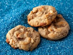 Almond and Pine Nut Cookies