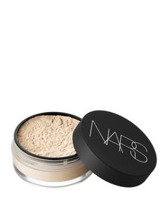 Loose powder by NARS Sets foundation and controls oil Visibly blurs the appearance of fine lines and pores Soft-focus finish Light Skin, Dark Skin, Perfume Tommy Girl, Perfume Hermes, Makeup Setting Powder, Mineral Powder, Even Skin Tone, Loose Powder, Makeup