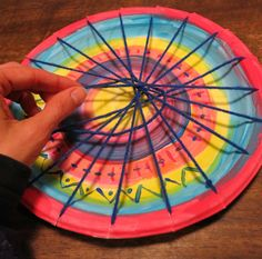 Cassie Stephens: In the Art Room: Circle Loom Weaving with Second Grade