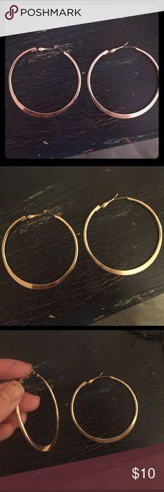 Gold hoop earrings! Worn once :) medium/large sized hoop Jewelry Earrings