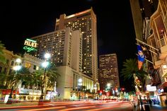 The Marriott is conveniently located in the French Quarter, steps away from Bourbon Street, the Convention Center, Harrah's Casino and more of New Orleans' most famous attractions. You are in the heart of New Orleans when you stay with us. #neworleans #frenchquarter #location #canalstreet