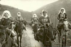 The brave Kurdish women always ready to defend their land , 1920