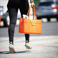 """Great Bag Co. on Instagram: """"Orange is the New Black \\\ This is #SummerStyle #ModelM #Orange #Topaz #Streetstyle #nyc #newyorkfashion #greatbagco #chic #fashion #handbag #shoes #shoeporn #shoesgasm #hautelifestyle #female #commuter #instacool #instastyle #GreatBag \\\ Photo by @QuiStyle \\\ http://greatbag.co/products/model-m-topaz"""""""
