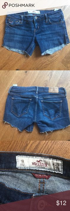 Hollister Cut off shorts. Good condition w stretch Hollister Shorts Jean Shorts