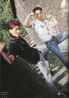 Byun Baekhyun and Kim Jongin (Kai) - EXO ❤ What are these guys doing? Exo Kokobop, Kpop Exo, Exo Kai, Exo Ot12, Kaisoo, Chanbaek, Kris Wu, Fanfic Exo, Oppa Gangnam Style
