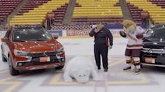 Slapstick vom Feinsten: Eishockey-Team-Maskottchen macht Werbedreh zur Lachnummer