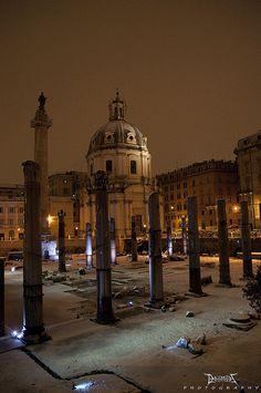 La neve a Roma - Foro di Traiano, La Basilica Ulpia e la Colonna di Traiano   Flickr - Photo Sharing!