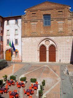 Chiesa de Sant'Agostino in Perugia, Italy (via juliabourque.blogspot.com) Perugia Italy, Bella, City, Scenery, Italia, Cities