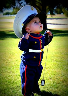 Marine, baby, to cute, adorable Baby Kostüm, Baby Kind, Baby Love, Beautiful Children, Beautiful Babies, Cute Kids, Cute Babies, Marine Mom, Navy Marine