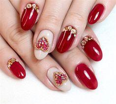 Short acrylic nails can shine equally as bright as long acrylic nails, we list 110 short acrylic nail art design ideas: short stilleto nails, short squoval nails, short matte nails and etc. Acrylic Nail Designs Coffin, Valentine's Day Nail Designs, Red Acrylic Nails, Black Nail Designs, Pink Nails, Nails Design, Chic Nail Art, Red Nail Art, Chic Nails