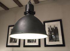 Rustiek-zwarte hanglamp feline   Woonland