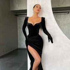 Pretty Prom Dresses, Glam Dresses, Event Dresses, Cute Dresses, Beautiful Dresses, Fashion Dresses, Club Party Dresses, Black Evening Dresses, Evening Gowns
