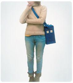 felt TARDIS purse