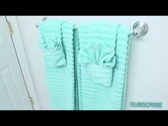 How to fold towels in bathroom creative 66 Ideas for 2019 to fold bathroom towel Informations A Folding Bathroom Towels, Bathroom Towel Decor, Bathroom Inspo, Bathroom Interior, Modern Bathroom, Master Bathroom, Towel Display, How To Fold Towels, Towel Crafts