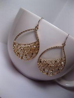 Netted Teardrop Earrings  Long Gold by FashionCrashJewelry on Etsy