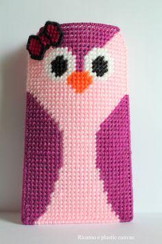 Porta occhiali con gufo fatto a mano, custodia per occhiali , gufo rosa,regalo donna,regali Natale di Ricamoeplasticcanvas su Etsy