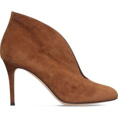 GIANVITO ROSSI Vamp 85 suede heeled ankle boots ($745) ❤ liked on Polyvore featuring shoes, boots, ankle booties, mid brown, brown ankle booties, high heel ankle boots, suede boots, brown high heel boots and suede ankle booties