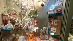 L'Attraction toy store in France. Jeux, jouets anciens, décoration, doudous, livres, activités créatives, kits de couture.