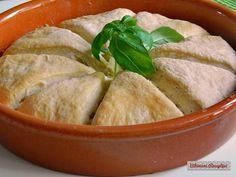Pizzakenyér | Bibimoni Receptjei Taco Pizza, Thai Red Curry, Tacos, Bread, Ethnic Recipes, Food, Brot, Essen, Baking