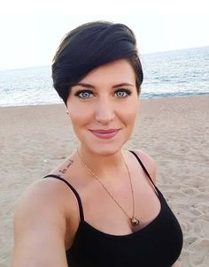 Here you may find some of the most amazing and trendiest short pixie haircuts for 2018. As you know pixie is one of those short hairstyles which are evergreen famous hair ideas for women and girls. Because of its cute and sexy look it is liked haircut around the world.