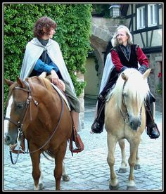 Herugrim and Rollwurst - Theoden and Pippin Took (Lord of the Rings)