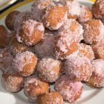 Castagnole cu ricotta Mai, Ricotta, Muffin, Breakfast, Health, Desserts, Food, Recipes, Morning Coffee