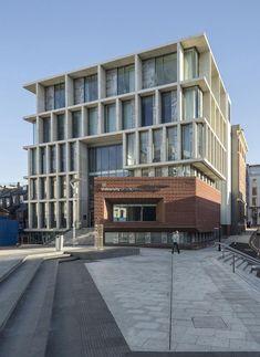 University of Brighton by Proctor & Matthews Architects Brighton, Apartment Entrance, Commercial Street, Architecture Images, Famous Architects, Facade Design, Brutalist, Landscape Design, University