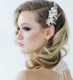 Idée coiffure de mariage : des boucles glamour - Cosmopolitan.fr
