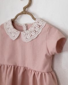 Little Fashion, Baby Girl Fashion, Kids Fashion, Little Girl Dresses, Girls Dresses, Party Kleidung, Lace Collar, Collar Dress, Kids Wear