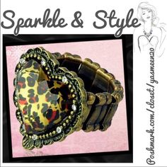 Leopard heart ring Hot leopard heart stretch ring with rhinestone accents 🌟 Adjustable size. NEW ✨2 available ✨ Jewelry Rings