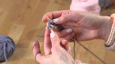Lerne kostenlos eine festlich fesche Fliege zu stricken
